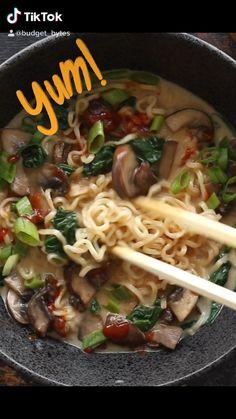 Low Carb Chicken Recipes, Ramen Recipes, Veggie Recipes, Asian Recipes, Vegetarian Recipes, Cooking Recipes, Instant Ramen, Budget Recipes, Budget Meals