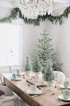 Dining room Christmas decorating idea