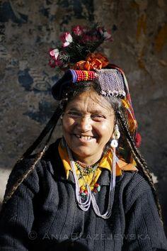 India, Ladakh. Smiling Brokpa woman.   © Ania Blazejewska