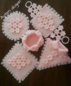 Crochet Snood, Crochet Doll Dress, Diy Crochet, Crochet Doilies, Crochet Flowers, Kids Knitting Patterns, Afghan Crochet Patterns, Crochet Stitches, Knitting For Kids
