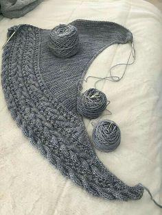Ravelry: Knapknits' Polar Cloud – knitting stitches for scarves Poncho Knitting Patterns, Shawl Patterns, Knitting Stitches, Knitting Socks, Knitting Scarves, Crochet Patterns, Knitted Shawls, Crochet Shawl, Knit Crochet