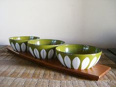catherineholm enamel bowls with teak tray....love this!