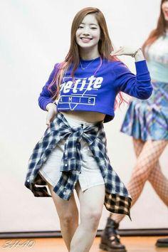 Twice Jyp, Twice Once, Nayeon, South Korean Girls, Korean Girl Groups, Tofu, Red Ridding Hood, Sana Momo, Twice Dahyun