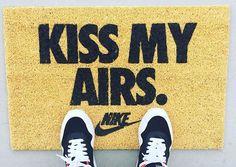 Nike Air Max 1 ID 'Kiss My Air' (#SDJ 03/06/2016)