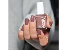 Top 10 Best And Most Popular Nail Colors For Fall on Rank & Style. Did your favorite make the top Click now to see the full list. Top 10 Best And Most Popular Nail Colors For Fall on Rank & Style. Did your favorite make the top Click now to see […] Neutral Nail Color, Nail Color Trends, Fall Nail Colors, Color Nails, Winter Colors, Essie Nail Colors, Best Nail Colors, Dark Nail Polish, Best Nail Polish