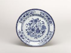 plate; Qing dynasty; 1701-1750; China