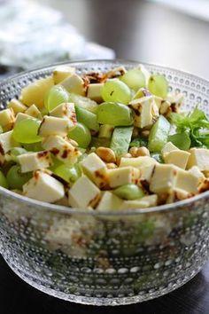 p i i p a d o o: herkkusalaatti Healthy Cooking, Cooking Recipes, Manado, Vegetarian Recipes, Healthy Recipes, Brunch, Sauces, My Favorite Food, Food Hacks
