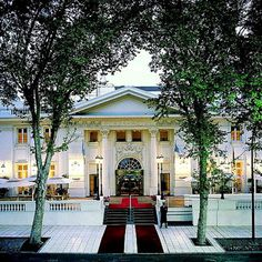 Park Hyatt Mendoza Hotel , Casino & spa, with its beautifully restored Spanish colonial façade, is one of the most prestigious luxury hotels of Mendoza Argentina. Rafting, Historic Properties, Great Hotel, Spanish Colonial, Travel And Leisure, Hotel Spa, Resort Spa, Great Places, Modern Houses