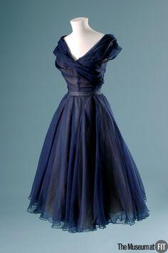 Christian Dior. Blue silk chiffon and ivory silk organza, c.1950
