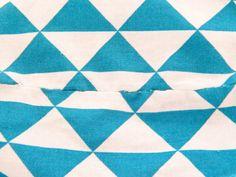 Tuto pour réaliser un panier de rangement | Quilts, Blanket, Contemporary, Rugs, Sewing, Necklaces, Ornaments, Storage Organizers, Tutorial Sewing
