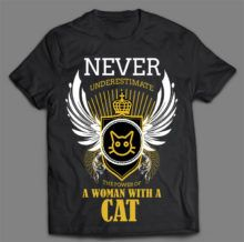 WOMAN WITH A CAT T-SHIRT