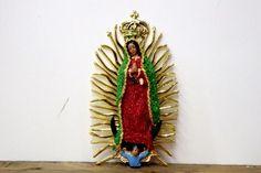 メキシコ マリア グアダルーペ 壁掛け 飾り 25cm カラー ラメ スパンコール デコVer 通販ページ  - メキシカンスカル、グアダルーペの聖母、ルチャリブレ等のメキシコ雑貨と 日本の雑貨を売ってます。 名古屋大須の雑貨屋、雑貨屋FANDANGO
