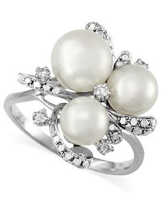 EFFY Collection 14k White Gold Diamond (1/4 ct. t.w.) and Cultured Freshwater Pearl (6-8mm) Cluster Ring