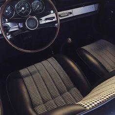 """spiriteddrivemagazine: """" Porsche got it. - old 911 Porsche 912, Porsche Wheels, Porsche Cars, Porsche Classic, Classic Cars, Vintage Sports Cars, Vintage Cars, Car Interior Upholstery, Vintage Porsche"""