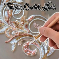 If you love to Chrochet this is the perfect device for you! Whether you are an absolute beginner or a professional this chrochet hook will become your perfect craft partner. Use it for creating beautiful embroidery designs and show your designs to the world! Tambour Beading, Tambour Embroidery, Embroidery Needles, Embroidery Kits, Embroidery Designs, Bead Embroidery Tutorial, Knitting Needle Sets, Best Gifts For Mom, Patches