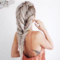 Braid envy. It's a real thing.  #hairgoals #southlakeavenue #pasadena #solasalons #solapasadena
