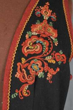 FolkCostume&Embroidery: Costume and 'Rosemaling' Embroidery of West Telemark, Norway Embroidery On Clothes, Folk Embroidery, Embroidered Clothes, Embroidery Patterns, Machine Embroidery, Norwegian Vikings, Nordic Vikings, Folk Costume, Costumes