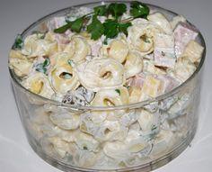 Menu Wędrowca Starego i nie tylko.: Sałatka Z Tortellini European Dishes, Salad Recipes, Healthy Recipes, Tortellini Salad, Polish Recipes, Potato Dishes, Vegetable Salad, Macaron, Coleslaw