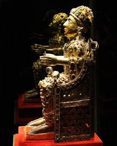 Reliquary statue of Sainte-Foy (Saint Faith), late 10th to early 11th century with later additions, gold, silver gilt, jewels, and cameos over a wooden core, 33 1/2 inches (Treasury, Sainte-Foy, Conques), photo: Holly Hayes (CC BY-NC 2.0)