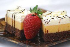 Recepty na krémeše: tradičné aj originálne, ovocné, tvarohové aj orechové   Naničmama.sk Dessert Recipes, Desserts, Cheesecake, Pudding, Food, Tailgate Desserts, Deserts, Cheesecakes, Custard Pudding