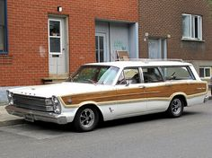 1966 Ford Galaxie Country Squire