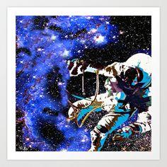 Astronaut    Saundramylesart