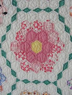 Wonderful Vintage 1930s Grandmother's Flower Garden Quilt Small Pieces   eBay, vintageblessings