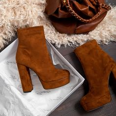 Favorite Booties #SanteWorld #SanteFW1617 Available in stores & online (SKU-94361): www.santeshoes.com Fall Winter, Booty, Ankle, Heels, How To Wear, Fashion, Girly Things, Zapatos, Heel