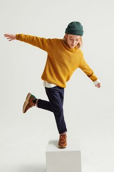ZARA - KIDS - BASIC TEXTURED KNIT SWEATER Cute Comfy Outfits, Boy Outfits, Kids Collection, Kids Studio, Cute Baby Wallpaper, Kid Poses, Shooting Photo, Zara Kids, Child Models