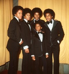 The Jackson 5 launch a fashion line 'J5 Collection' | Curiosities and Facts about Michael Jackson ღ by ⊰@carlamartinsmj⊱
