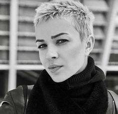 Icy Short Pixie Cut - 60 Cute Short Pixie Haircuts – Femininity and Practicality - The Trending Hairstyle Really Short Hair, Short Grey Hair, Short Hair Cuts For Women, Short Hairstyles For Women, Short Hair Styles, Short Pixie Haircuts, Pixie Hairstyles, Trendy Hairstyles, Shaved Hair