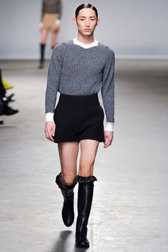 LONDON FASHION WEEK 2013-14 A/W JW ANDERSON