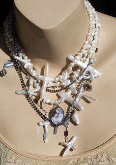 ❥ cross pearls