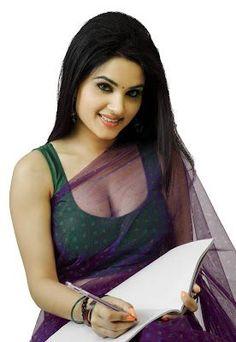 Actress Kavya Singh Hot Saree Photos from Movie Sorry Teacher Hot Actresses, Indian Actresses, Simplicity Is Beauty, Choli Dress, Modern Saree, Transparent Dress, Beautiful Saree, India Beauty, Indian Sarees