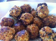 Brown Rice and Tempeh Balls. Big batch.             Makes about 20 (Double the recipe to get 40)    These golden, highly nutritious