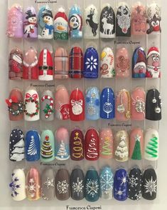 Convenient to apply nail art at home but high quality like salon. With Nail Art Club nail wraps, you can have gorgeous, fashion-inspired nails Nail Noel, Xmas Nail Art, Cute Christmas Nails, Holiday Nail Art, Xmas Nails, Christmas Nail Art Designs, Winter Nail Art, Winter Nails, Christmas Manicure