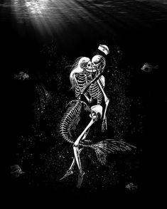 Skeleton Tattoos, Skeleton Art, Dark Mermaid, Mermaid Art, Dark Fantasy Art, Dark Art, Sirene Tattoo, Mermaid Skeleton, Kiss Art