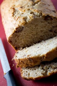 Big Flavors From A Tiny Kitchen: Amish Oatmeal Date Bread #Oatmeal #Date #Bread #Amish