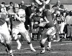 Nfl Vikings, Minnesota Vikings Football, Best Football Team, Vikings Cheerleaders, Cleveland Browns History, Nfl Championships, Nfl Photos, Usa Today Sports, Running Back