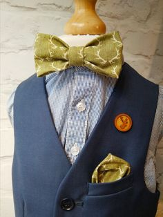 Green Bow Tie, Kids Bow Ties, Make Ready, Wedding Ties, Handkerchiefs, Pocket Square, Gifts For Kids, Bespoke, Printing On Fabric