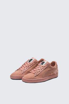 Custom Sneaker Auftragsarbeit Nike Addidas Yeezy etc