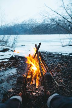 1153 Royalty-Free Stock Photos of Alaska photos and videos, curated daily Canoe Camping, Camping Life, Outdoor Camping, Fire Photography, Travel Photography, Camper, Lake Water, Best Location, Stargazing
