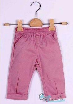 Pantalón de algodón rosa con goma en cintura para puesta fácil.  De 3 a 18 meses. 9€. Síguenos en Facebook o Instagram @old_school_kids_