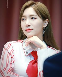 Stunning  {Era: Hwi Hwi}  •  •  •  •©commondaisy ||#laboum #LABOUM  #라붐 #laboumsoyeon #soyeon #정소연 #jungsoyeon #yujeong #김유정 #ZN #zn #지엔 #배진예 #baejinye #jinye #haein #염해인 #solbin #안솔빈 #yulhee #김율희 #kpop #updates #kpopupdates #laboumupdates #gg #girlgroup #korea #koreangirls @officiallaboum ||