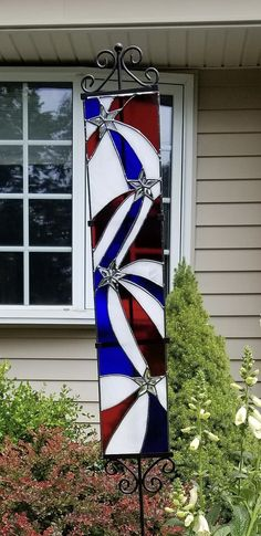 Stained Glass Projects, Stained Glass Patterns, Stained Glass Panels, Stained Glass Art, Yard Art, Mosaics, Board, Sports, Summer