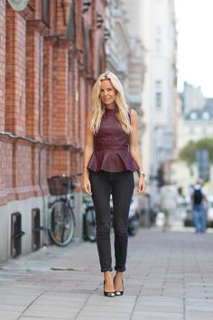 H Peplum Top, Genetic Skinny Jeans, Givenchy Pumps Peplum Top Outfits, Fashion Wear, Fashion Outfits, Leather Peplum, Cool Style, My Style, Denim Trends, New Fashion Trends, Classy And Fabulous
