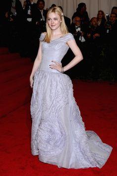 Dakota Fanning in Louis Vuitton @ Met Gala Ball - AMAZING AMAZING AMAZING Cannot believe this girl is my age...