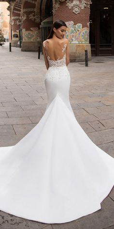 Milla Nova Bridal 2017 Wedding Dresses dina3 / http://www.deerpearlflowers.com/milla-nova-2017-wedding-dresses/3/