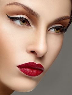 YOU BEAUTY...Vintage Makeup Look With Red Lips BELLA DONNA #makeuplooksvintage