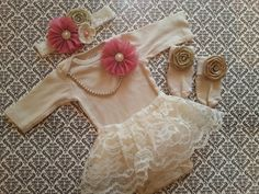 Baby Girl, Newborn Take Home Outfit, Headband, Mauve Flowers, Pearl Necklace… Cute Baby Girl, Baby Girl Newborn, Cute Babies, Chic Baby, Babies Stuff, Take Home Outfit, Baby Girl Photos, Baby Time, Cute Baby Clothes